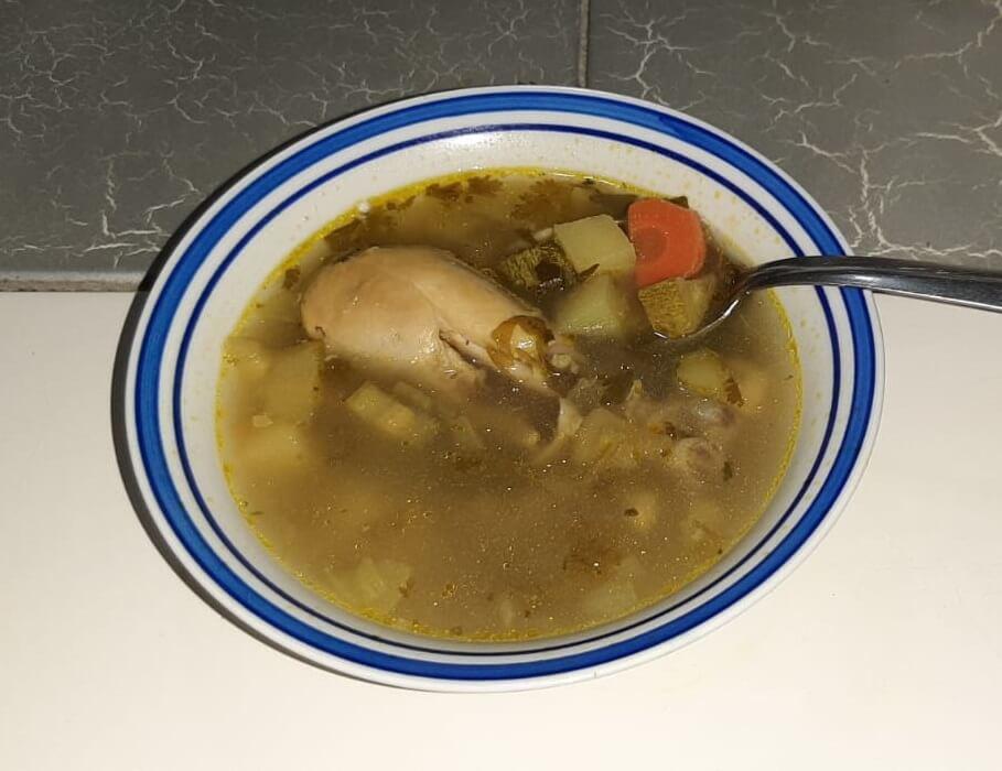 מתכון למרק עוף עם ירקות