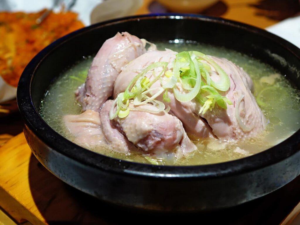 איך להכין עוף למרק